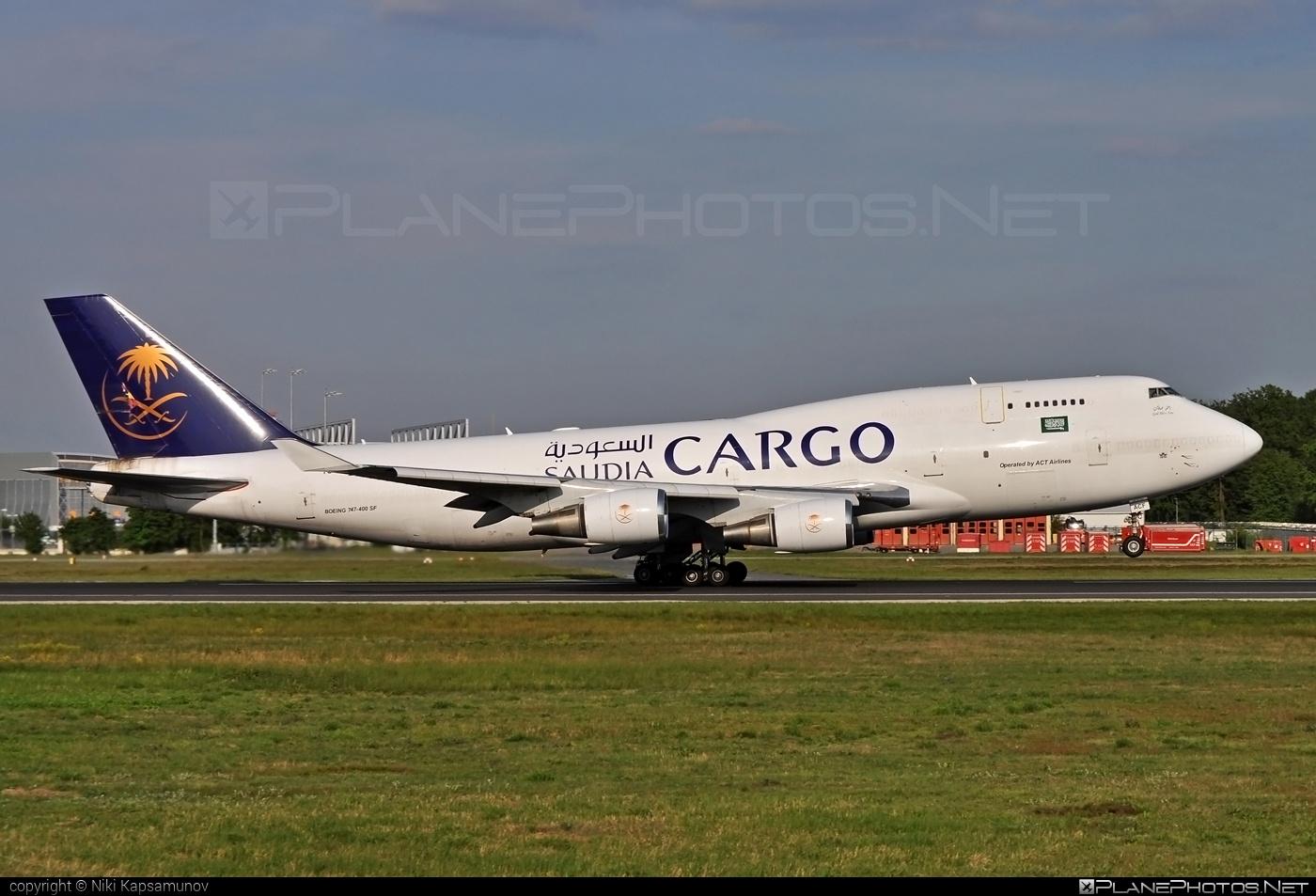 Boeing 747-400SF - TC-ACF operated by Saudi Arabian Airlines Cargo (myCARGO) #b747 #b747sf #boeing #boeing747 #jumbo