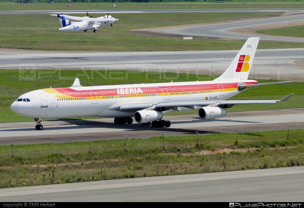 Airbus A340-311 - EC-KCL operated by Iberia #a340 #a340family #airbus #airbus340 #iberia