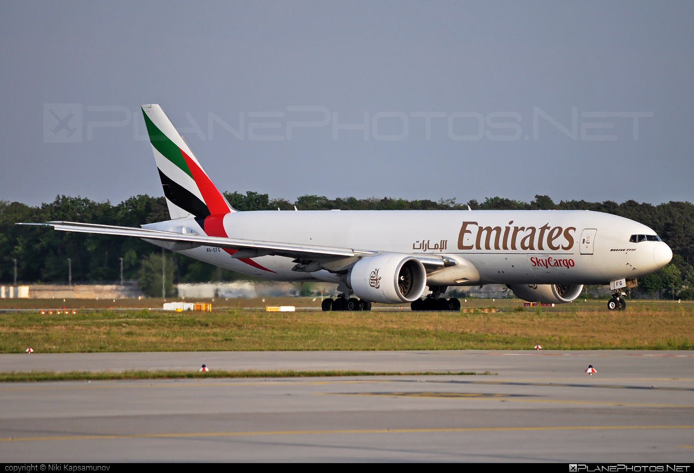 Boeing 777F - A6-EFG operated by Emirates SkyCargo #b777 #b777f #b777freighter #boeing #boeing777 #tripleseven