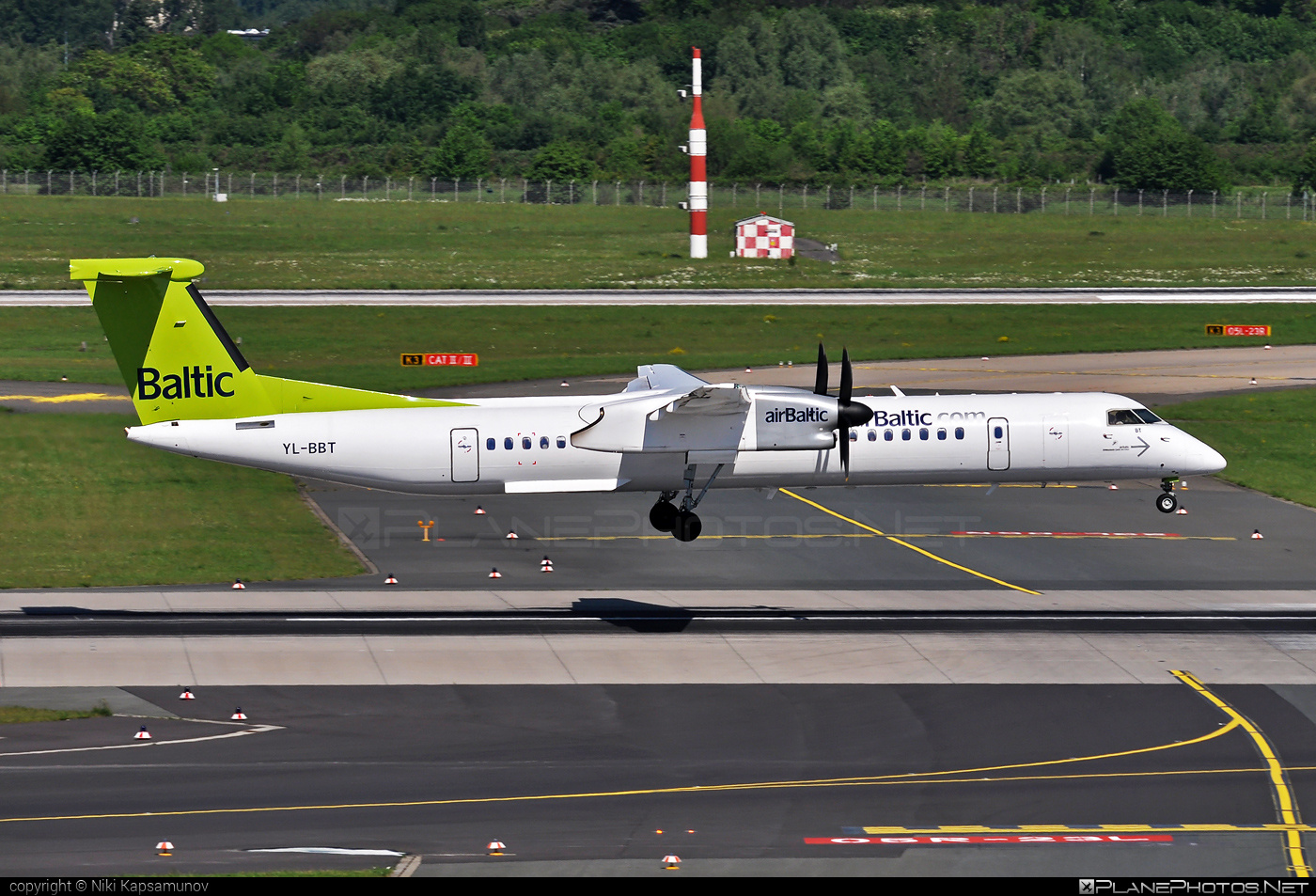 Bombardier DHC-8-Q402 Dash 8 - YL-BBT operated by Air Baltic #airbaltic #bombardier #dash8 #dhc8 #dhc8q402