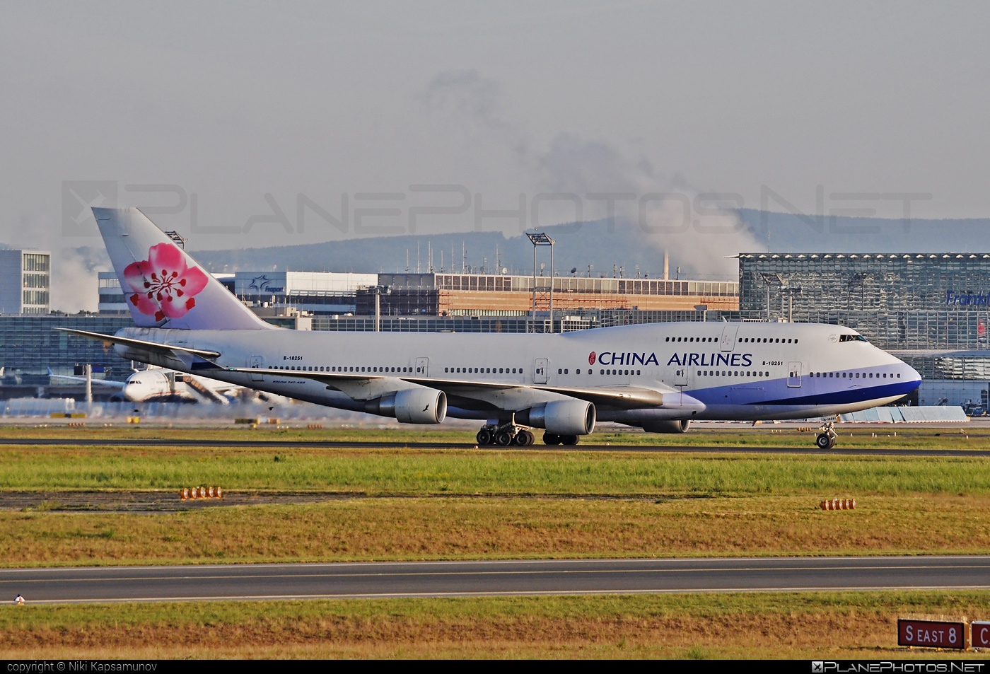 Boeing 747-400 - B-18251 operated by China Airlines #b747 #boeing #boeing747 #chinaairlines #jumbo