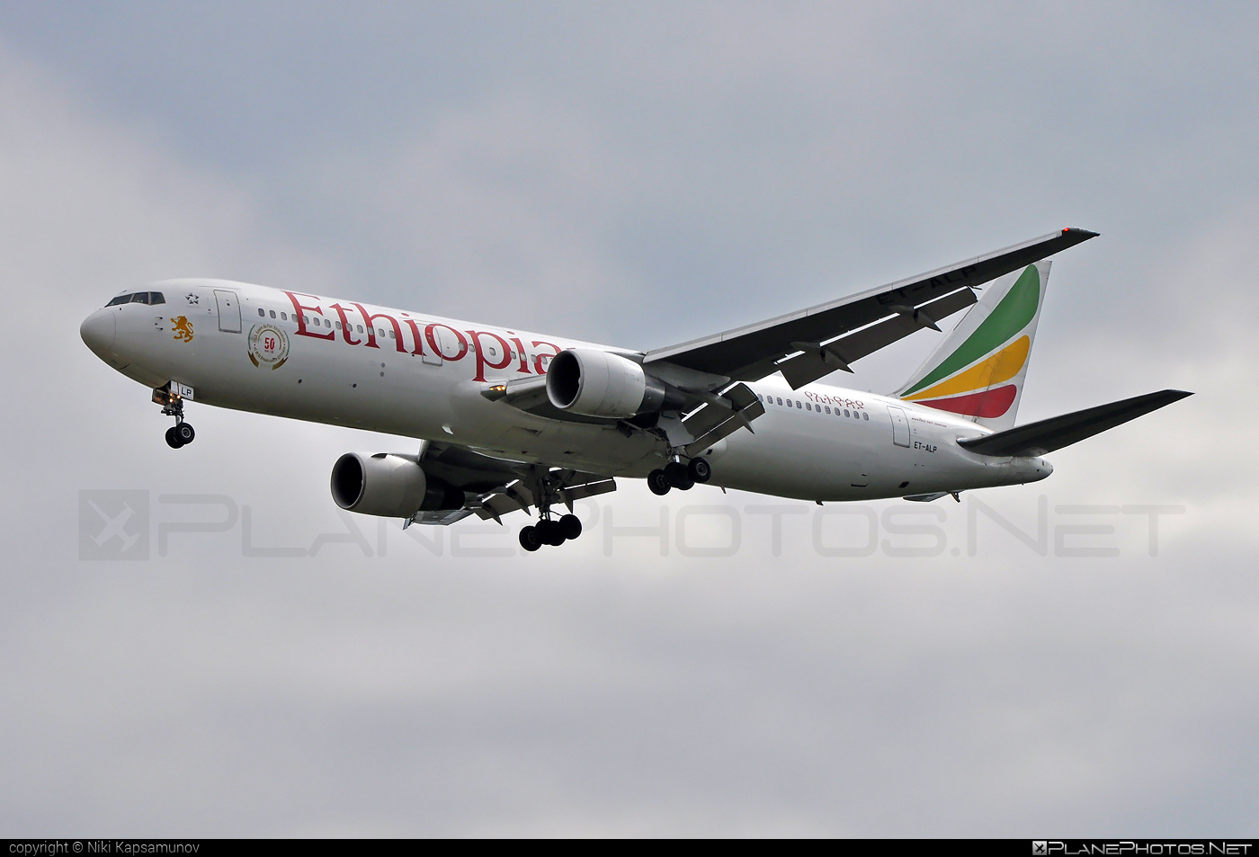 Boeing 767-300ER - ET-ALP operated by Ethiopian Airlines #b767 #b767er #boeing #boeing767 #ethiopianairlines