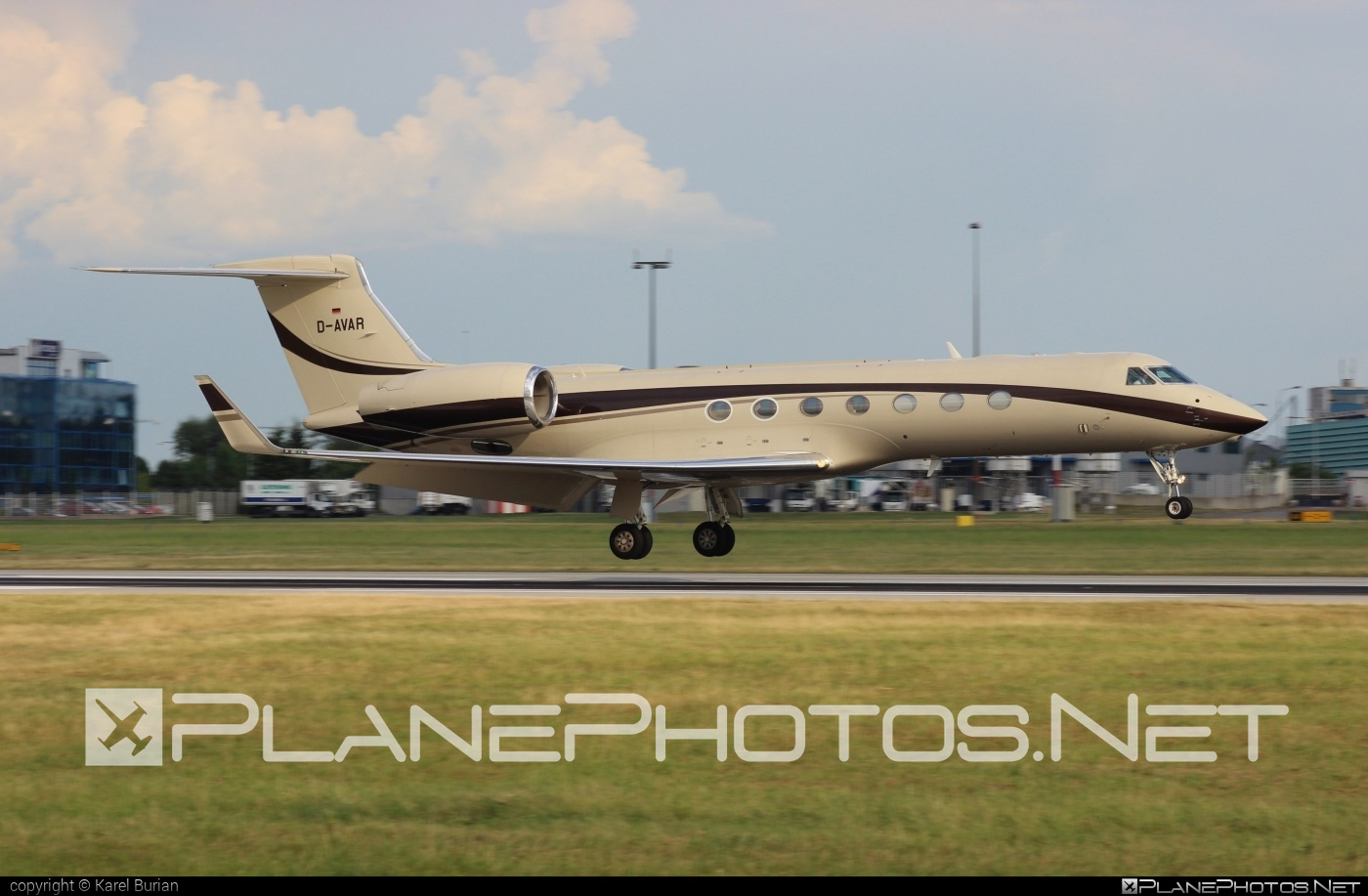 Gulfstream G550 - D-AVAR operated by Private operator #g550 #gulfstream #gulfstreamg550