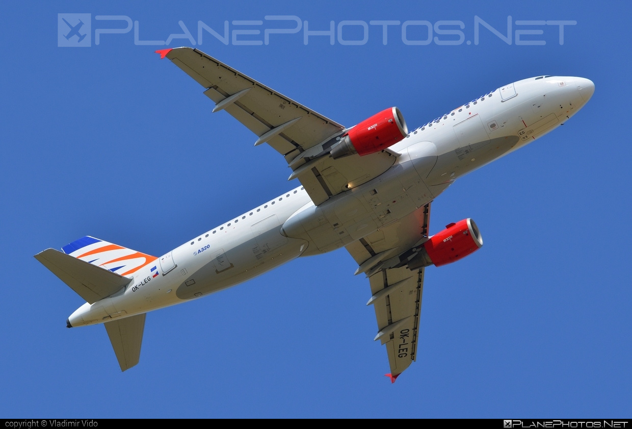 Airbus A320-214 - OK-LEG operated by Smart Wings #a320 #a320family #airbus #airbus320 #smartwings