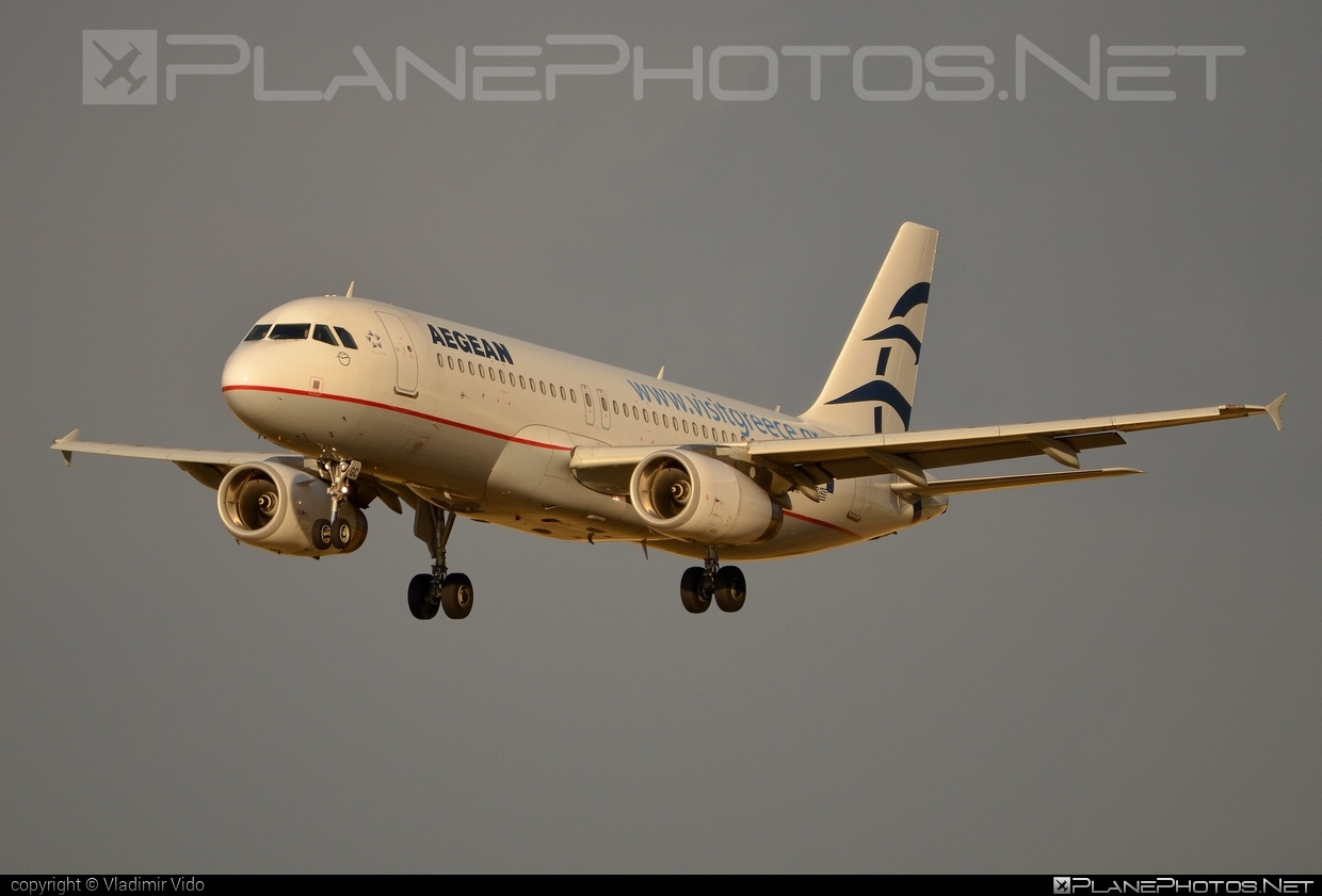 Airbus A320-232 - SX-DGC operated by Aegean Airlines #a320 #a320family #airbus #airbus320