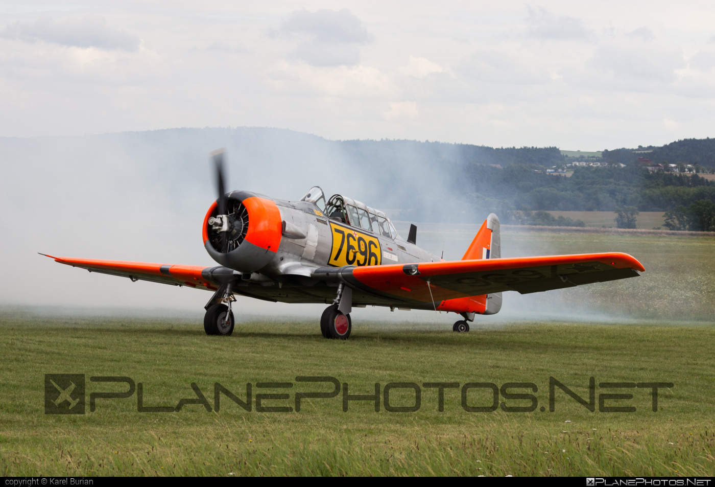 North American AT-6C Texan - N696RE operated by Private operator #northamerican
