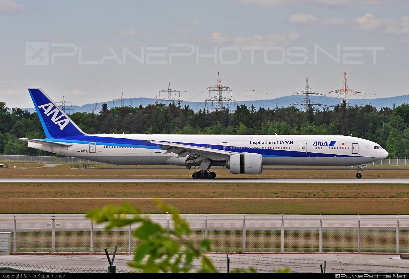 Boeing 777-300ER - JA786A operated by All Nippon Airways (ANA) #b777 #b777er #boeing #boeing777 #tripleseven