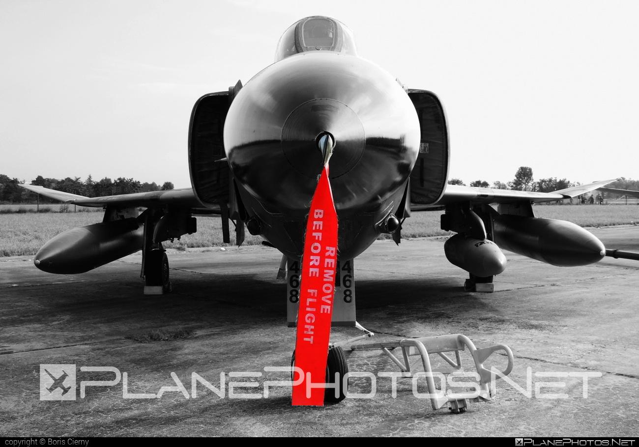 McDonnell Douglas RF-4E Phantom II - 69-7468 operated by Türk Hava Kuvvetleri (Turkish Air Force) #mcdonnelldouglas #natodays #natodays2014 #turkishairforce