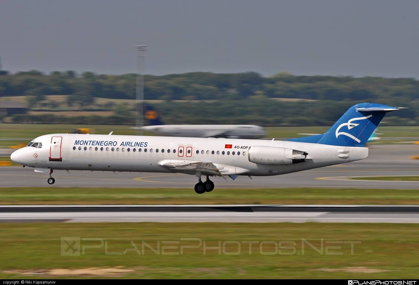 Fokker 100 - 4O-AOP operated by Montenegro Airlines #fokker #fokker100