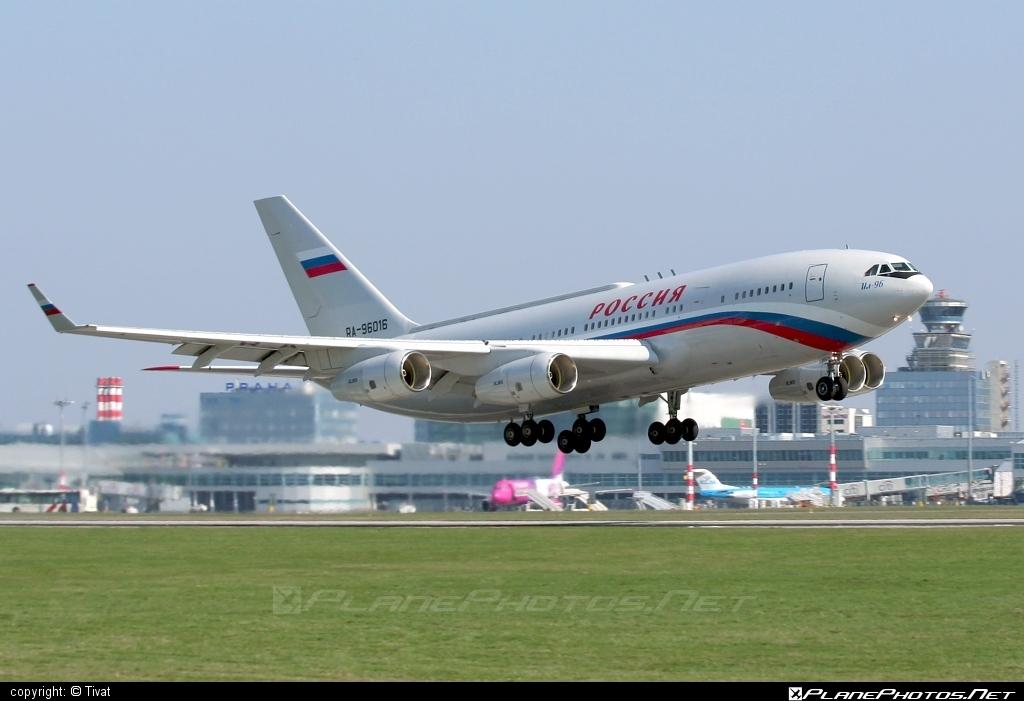 Ilyushin Il-96-300 - RA-96016 operated by Russia - Department of the Defense #il96 #il96300 #ilyushin