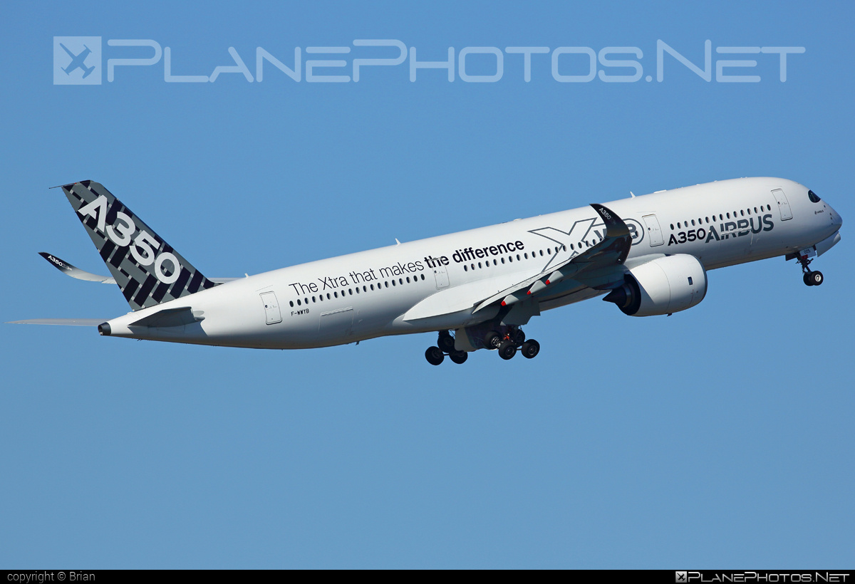 Airbus A350-941 - F-WWYB operated by Airbus Industrie #a350 #a350family #airbus #airbus350 #xwb