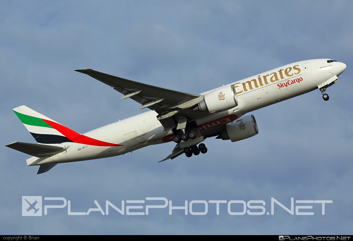 Boeing 777F - A6-EFJ operated by Emirates SkyCargo #b777 #b777f #b777freighter #boeing #boeing777 #tripleseven