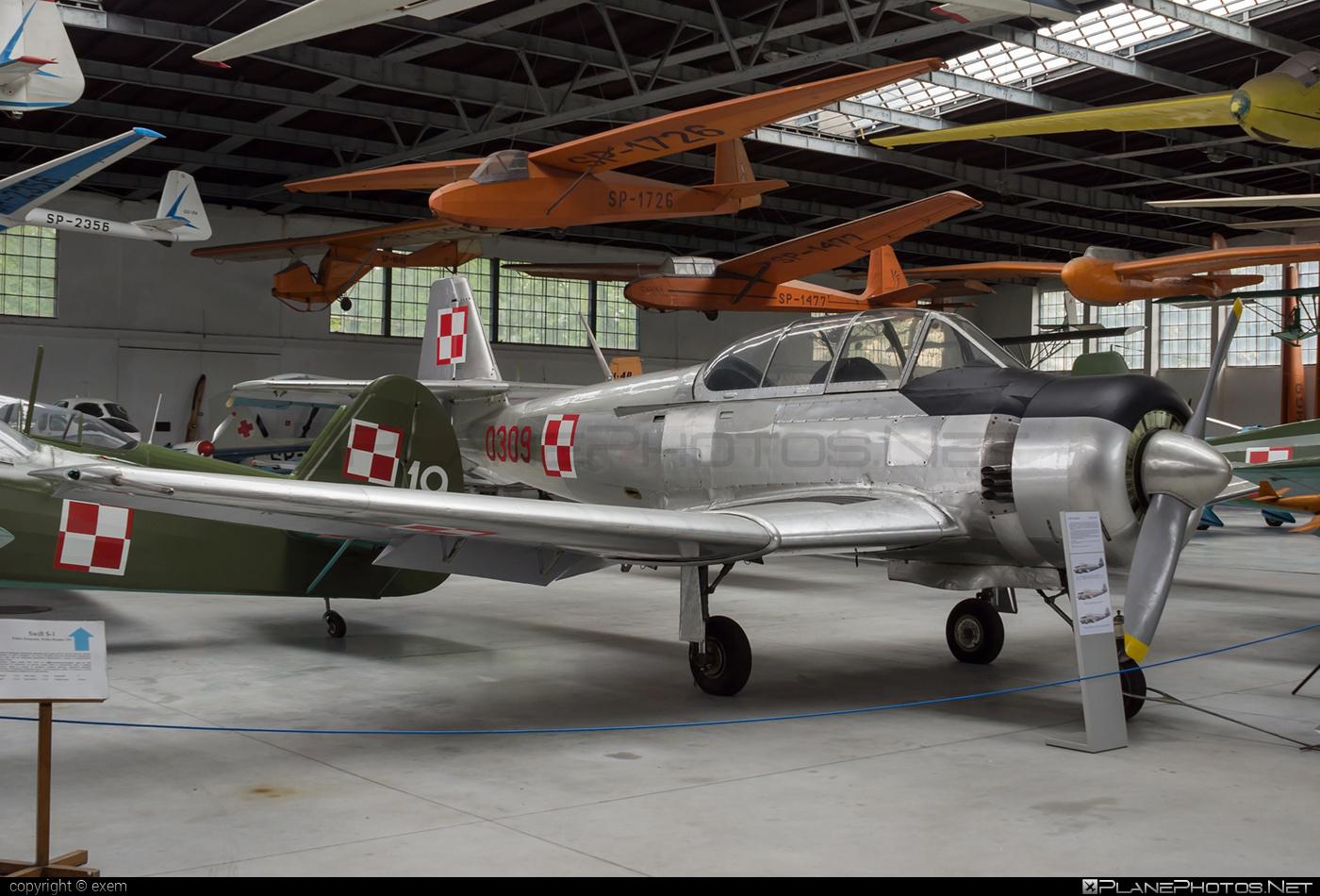 PZL-Mielec TS-8 BII Bies - 0309 operated by Siły Powietrzne Rzeczypospolitej Polskiej (Polish Air Force) #polishairforce #pzl #pzlmielec #silypowietrzne