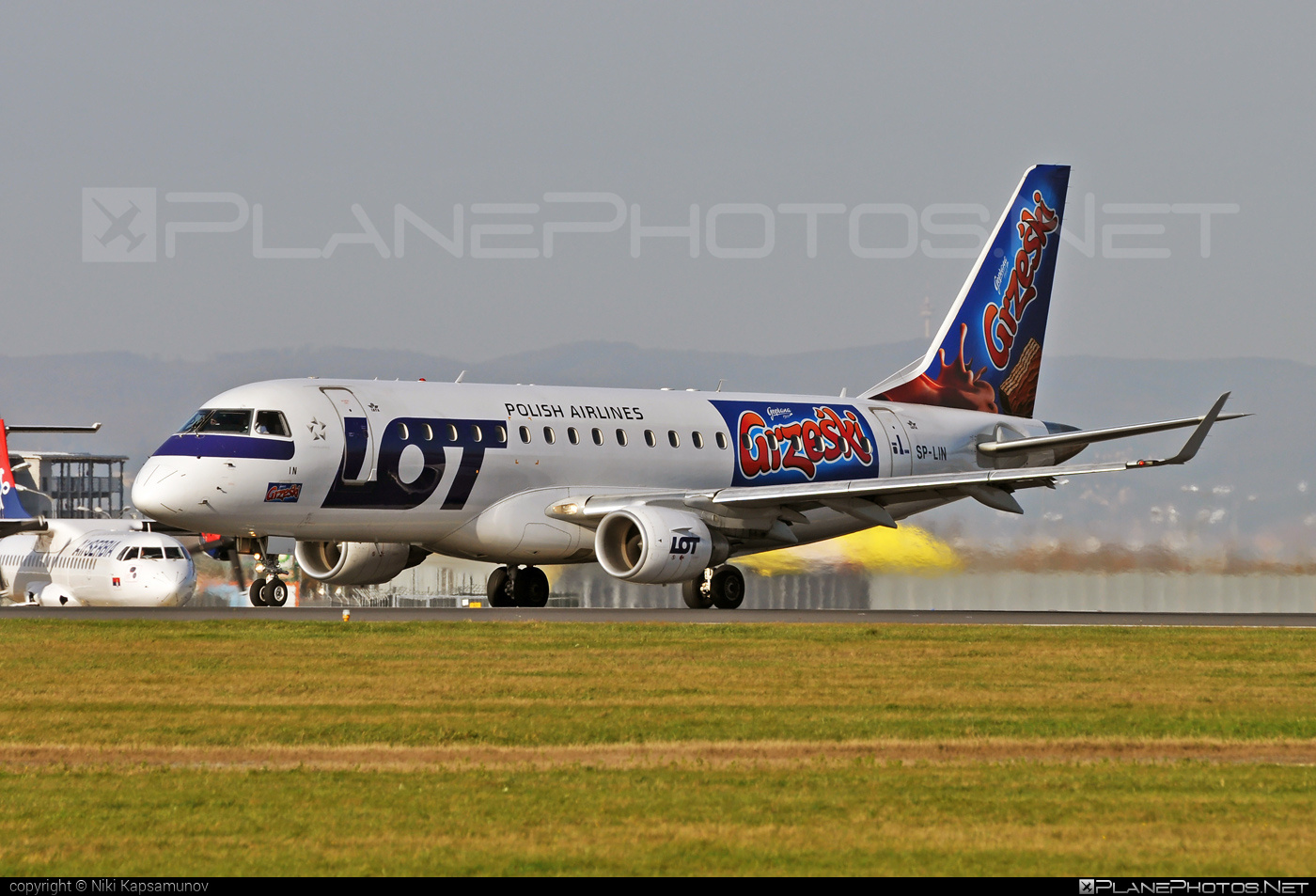 LOT Polish Airlines Embraer 170-200LR - SP-LIN #embraer #lot #lotpolishairlines