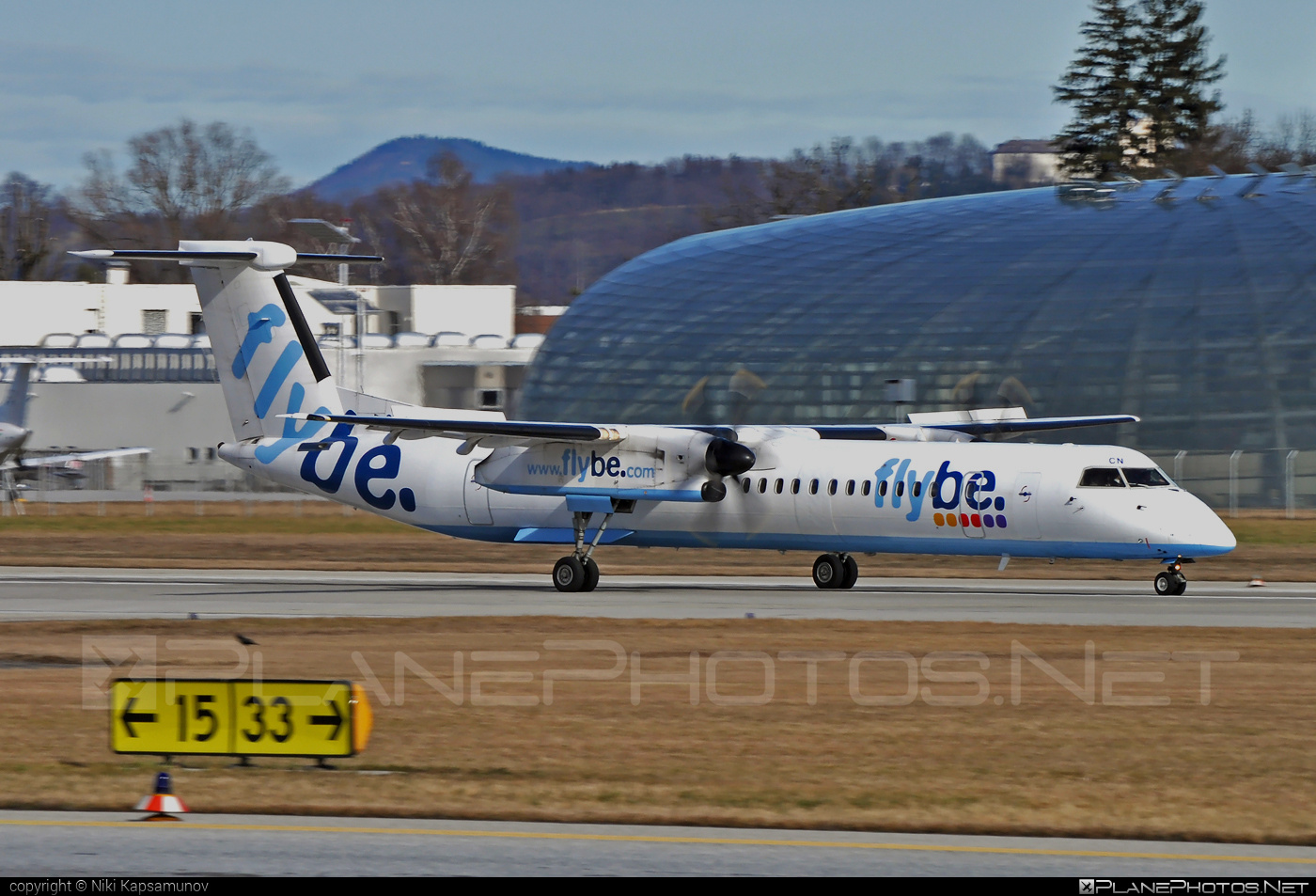 Bombardier DHC-8-Q402 Dash 8 - G-JECN operated by Flybe #bombardier #dash8 #dhc8 #dhc8q402