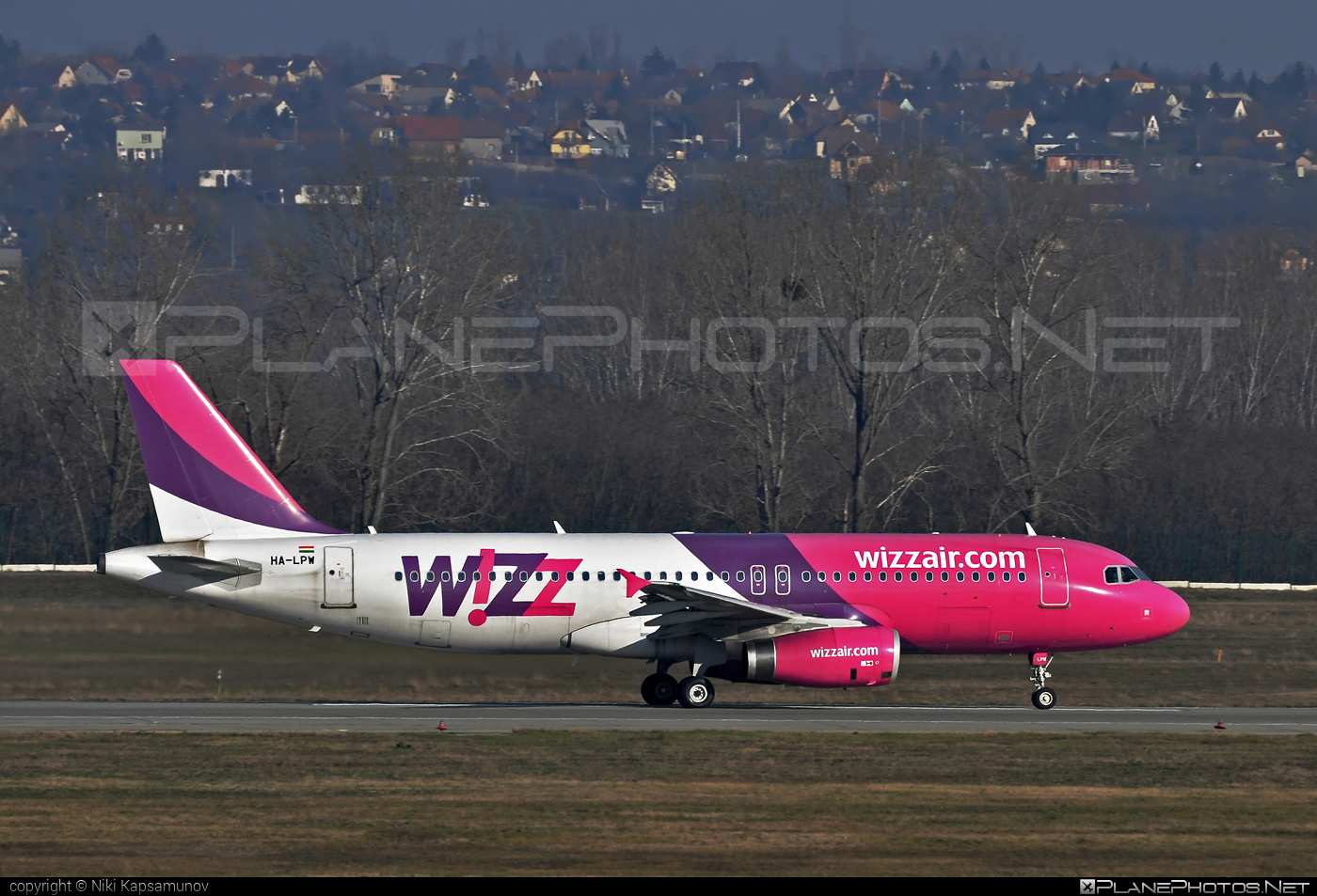 Airbus A320-232 - HA-LPW operated by Wizz Air #a320 #a320family #airbus #airbus320 #wizz #wizzair
