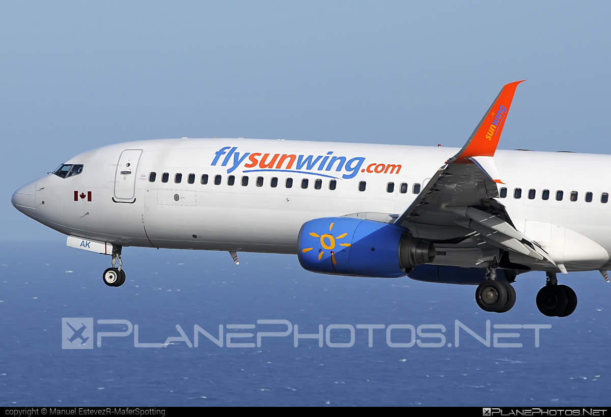 Boeing 737-800 - C-FEAK operated by Sunwing Airlines #b737 #b737nextgen #b737ng #boeing #boeing737