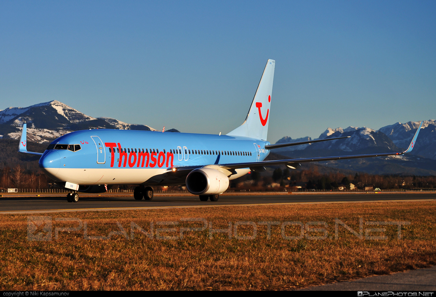 Boeing 737-800 - G-TAWB operated by Thomson Airways #b737 #b737nextgen #b737ng #boeing #boeing737