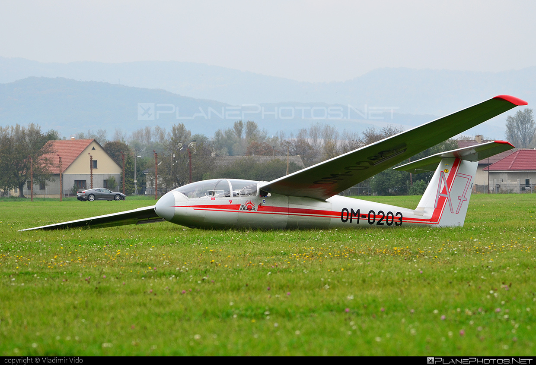 Let L-23 Super Blanik - OM-0203 operated by Aeroklub Trenčín #let