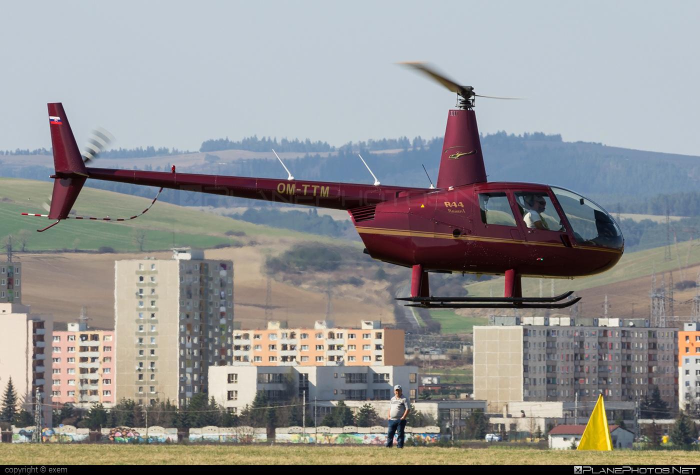 Robinson R44 Raven - OM-TTM operated by TROLIGA BUS #robinson