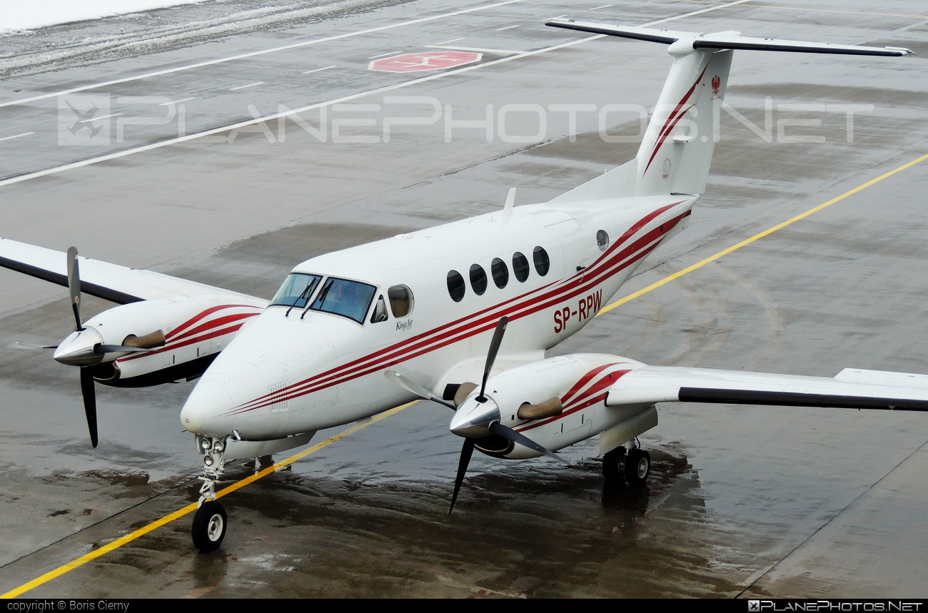 Beechcraft B200 King Air - SP-RPW operated by General Aviation Services #beechcraft