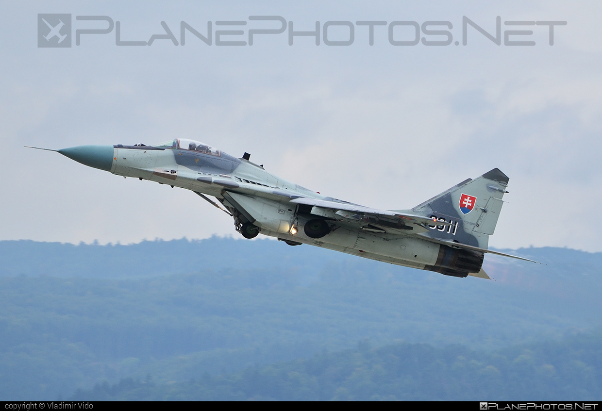 Mikoyan-Gurevich MiG-29AS - 3911 operated by Vzdušné sily OS SR (Slovak Air Force) #mig #mig29 #mig29as #mikoyangurevich #slovakairforce #vzdusnesilyossr