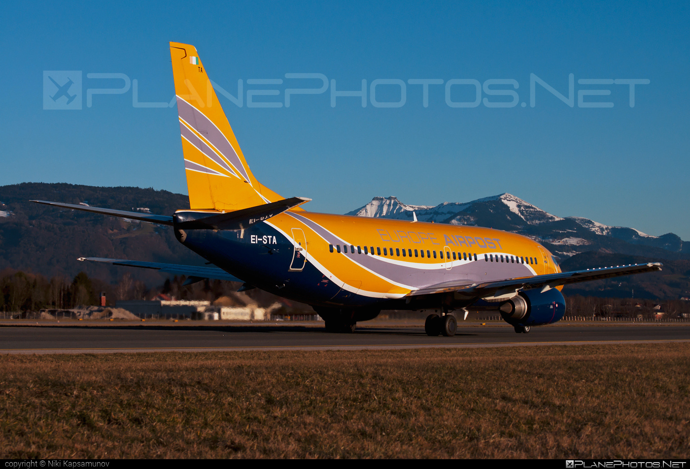 Boeing 737-300 - EI-STA operated by Europe Airpost #b737 #boeing #boeing737