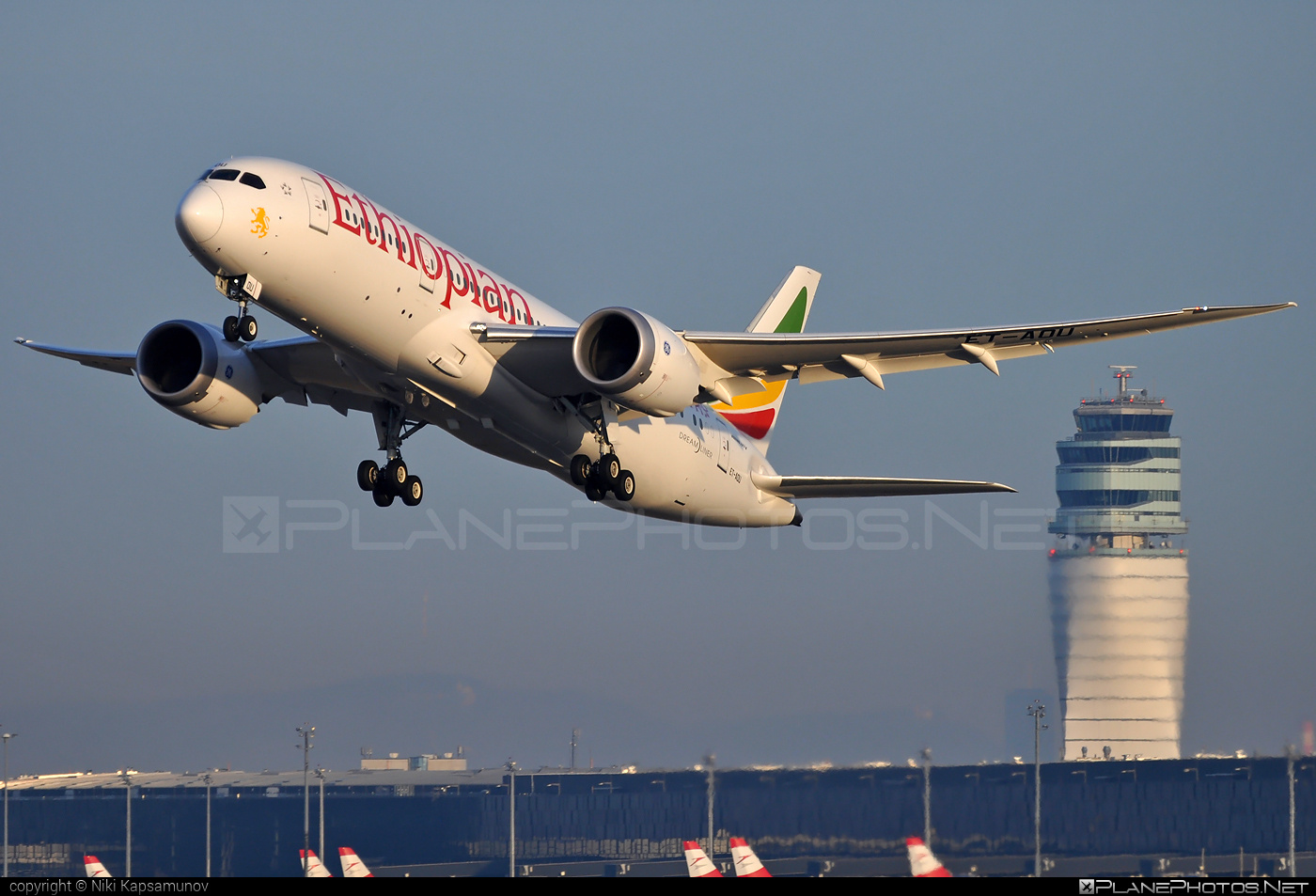 Boeing 787-8 Dreamliner - ET-AOU operated by Ethiopian Airlines #b787 #boeing #boeing787 #dreamliner #ethiopianairlines