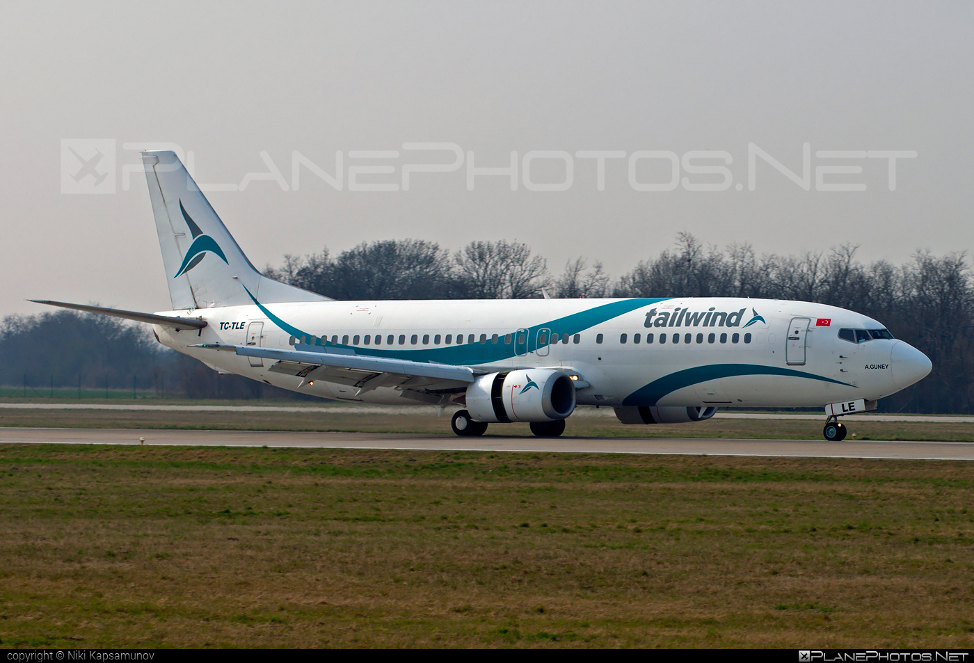 Boeing 737-400 - TC-TLE operated by Tailwind Airlines #b737 #boeing #boeing737