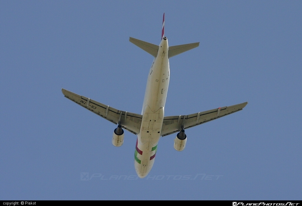 Airbus A320-214 - CS-TNI operated by TAP Portugal #a320 #a320family #airbus #airbus320