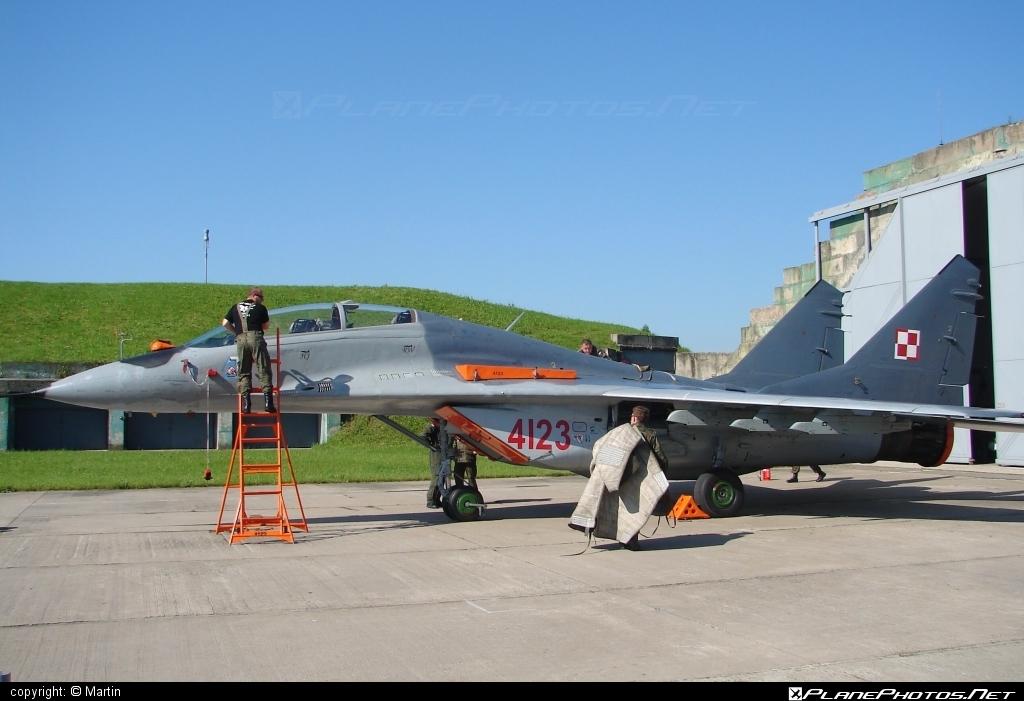 Mikoyan-Gurevich MiG-29GT - 4123 operated by Siły Powietrzne Rzeczypospolitej Polskiej (Polish Air Force) #mig #mig29 #mig29gt #mikoyangurevich #polishairforce #silypowietrzne