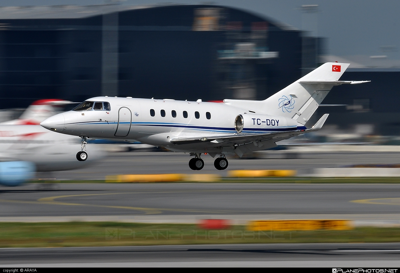 Raytheon Hawker 850XP - TC-DOY operated by Sarp Air #raytheon