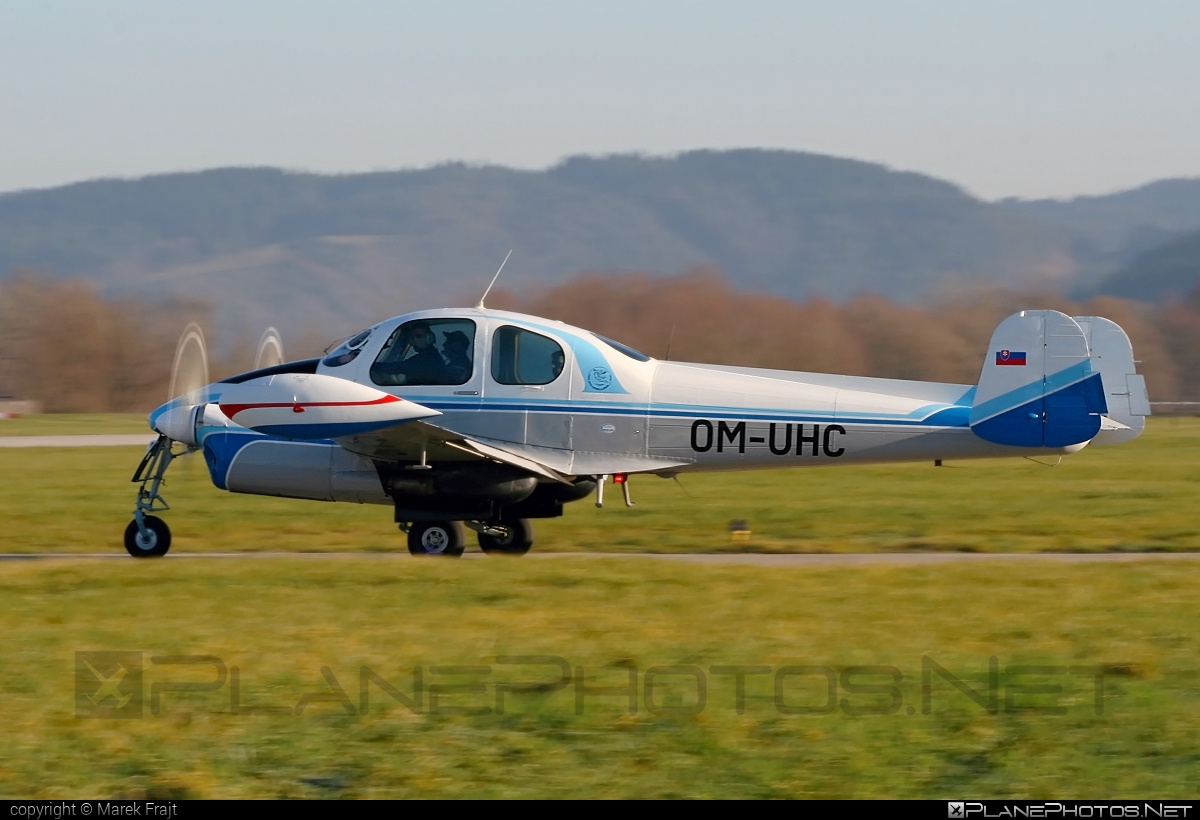 Let L-200D Morava - OM-UHC operated by University of Žilina #let
