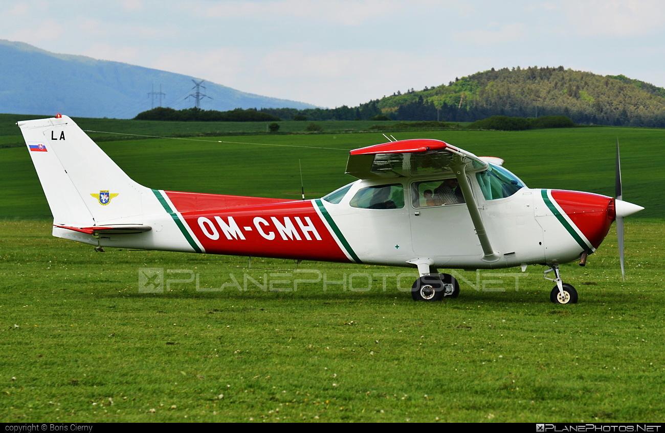 Cessna 172N Skyhawk II - OM-CMH operated by Slovenský národný aeroklub (Slovak National Aeroclub) #cessna #cessna172 #cessna172n #cessna172nskyhawk #cessna172skyhawk #cessnaskyhawk
