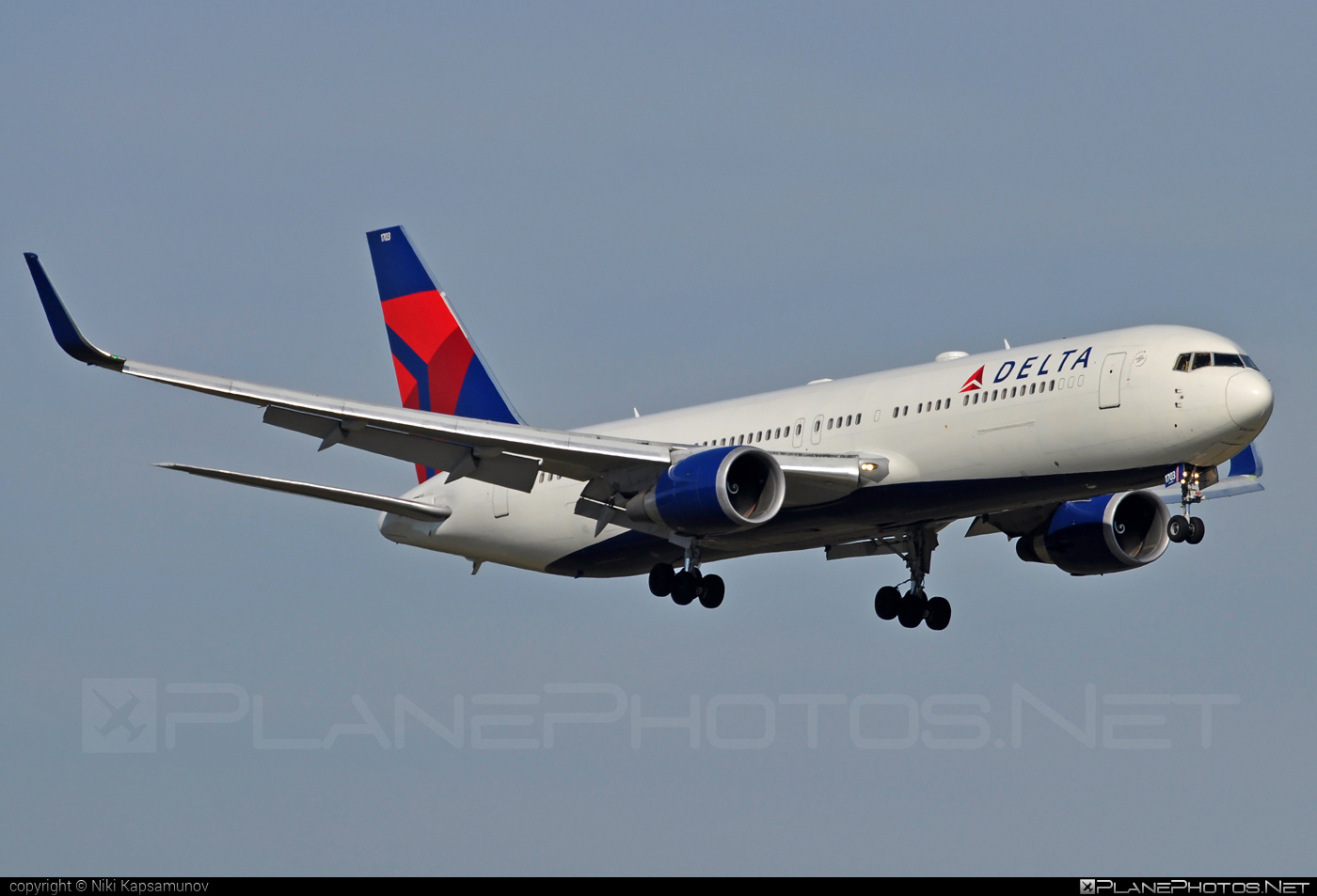 Boeing 767-300ER - N173DZ operated by Delta Air Lines #b767 #b767er #boeing #boeing767 #deltaairlines