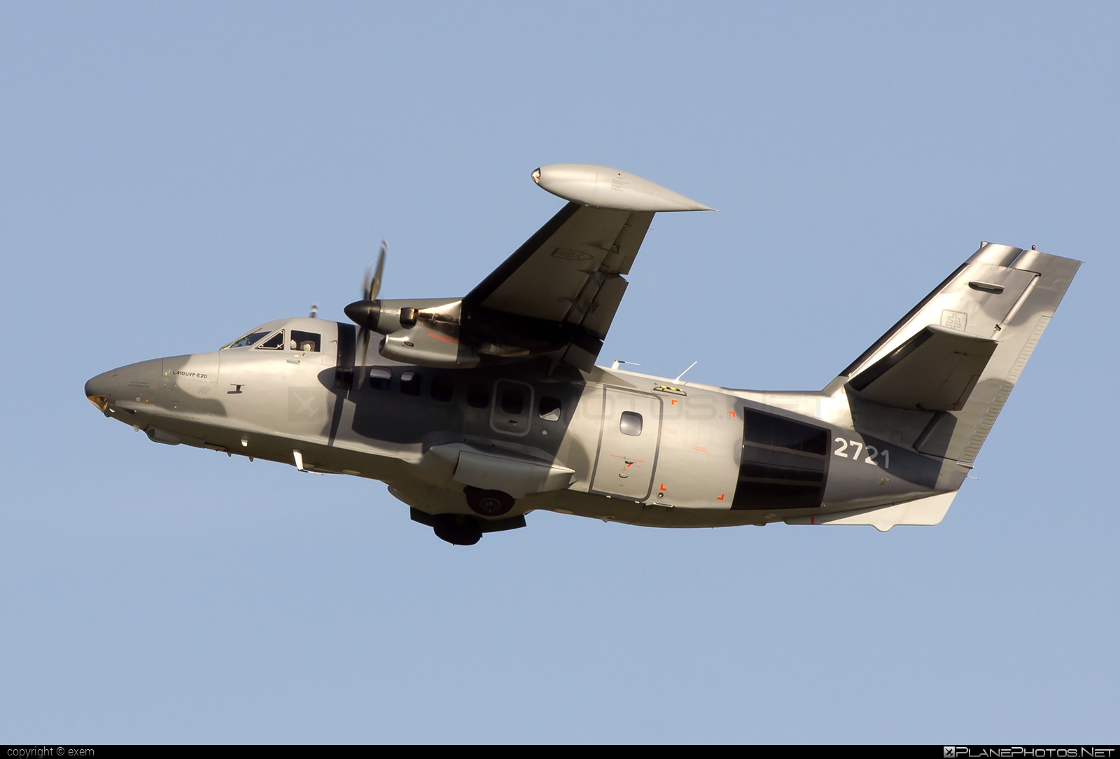 Let L-410UVP-E20 Turbolet - 2721 operated by Vzdušné sily OS SR (Slovak Air Force) #let #slovakairforce #vzdusnesilyossr