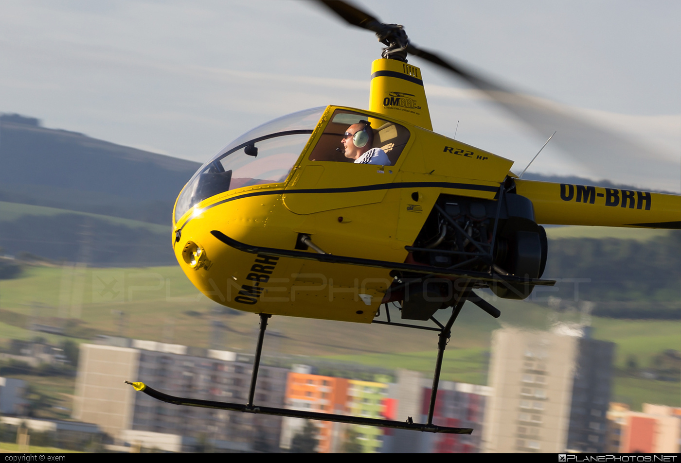 Robinson R22 HP - OM-BRH operated by OMBRE Flihgt School #robinson
