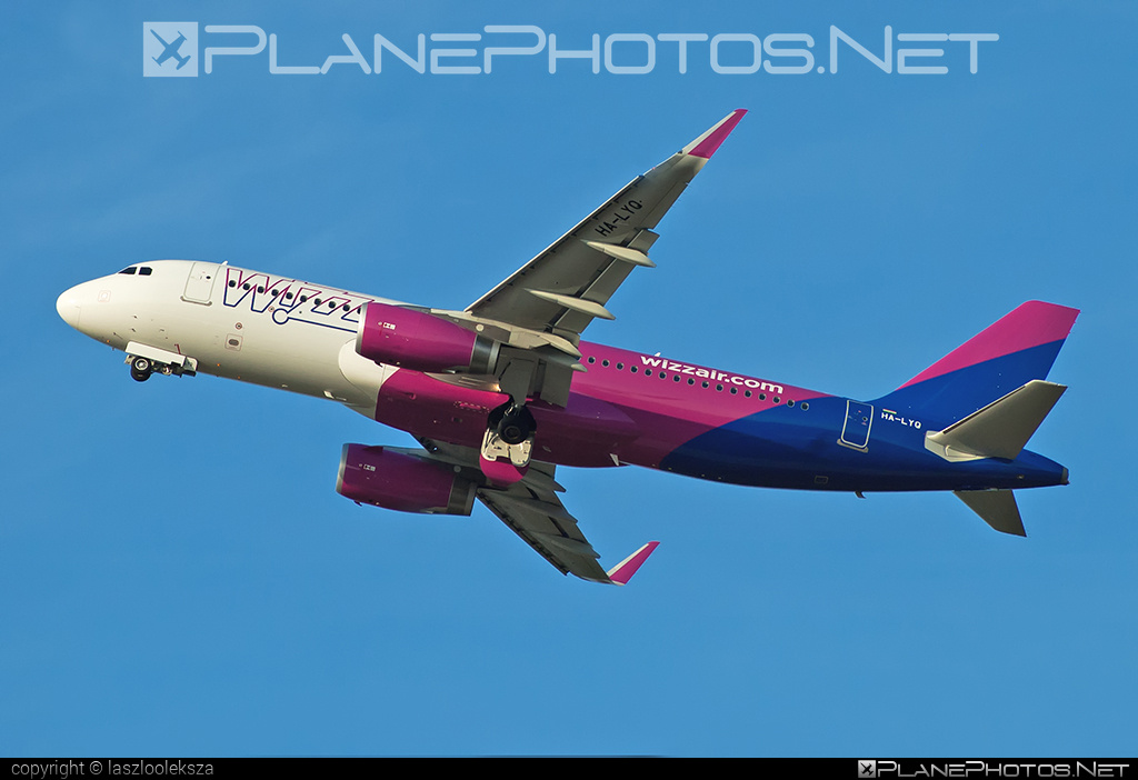 Airbus A320-232 - HA-LYQ operated by Wizz Air #a320 #a320family #airbus #airbus320 #wizz #wizzair