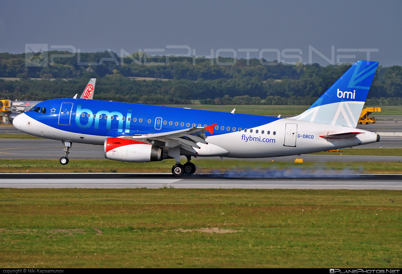 Airbus A319-131 - G-DBCD operated by bmi British Midland #a319 #a320family #airbus #airbus319