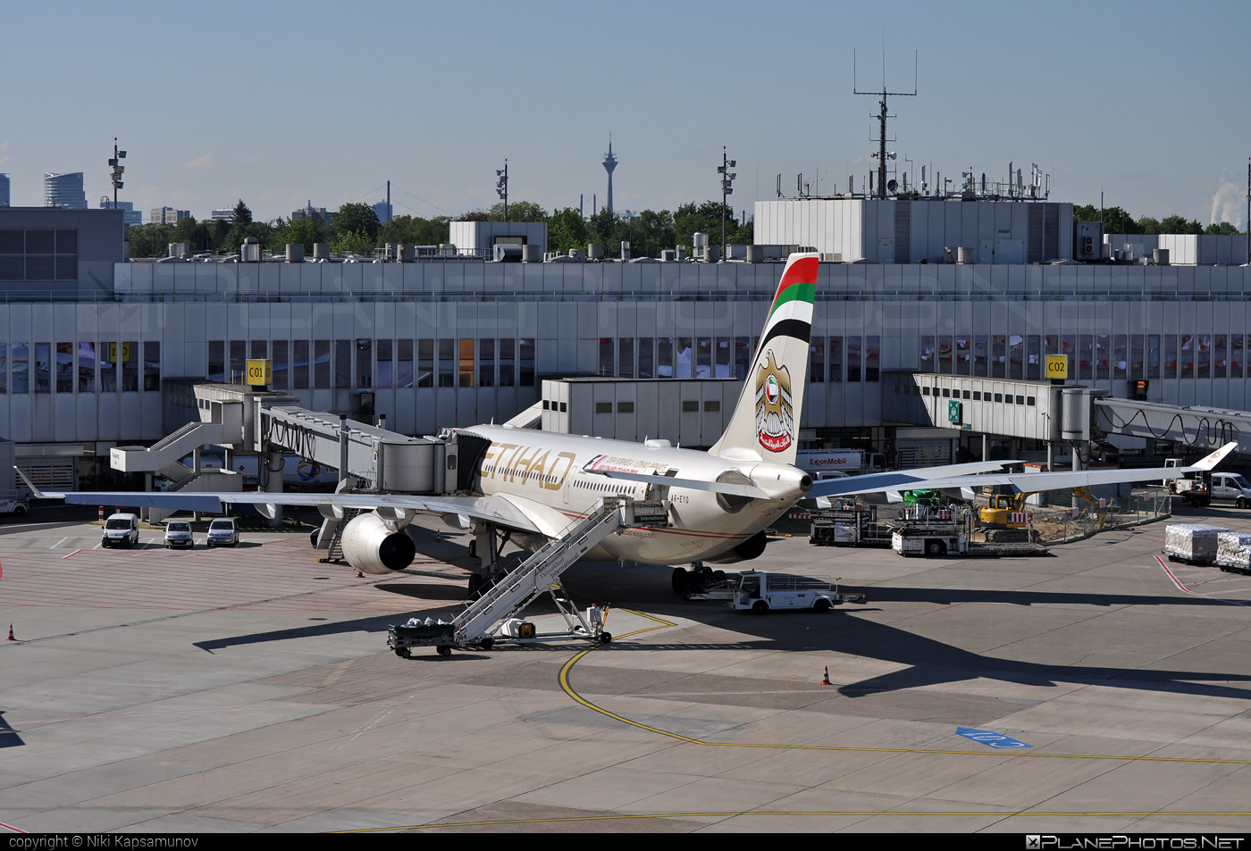 Airbus A330-243 - A6-EYO operated by Etihad Airways #a330 #a330family #airbus #airbus330 #etihad #etihadairways