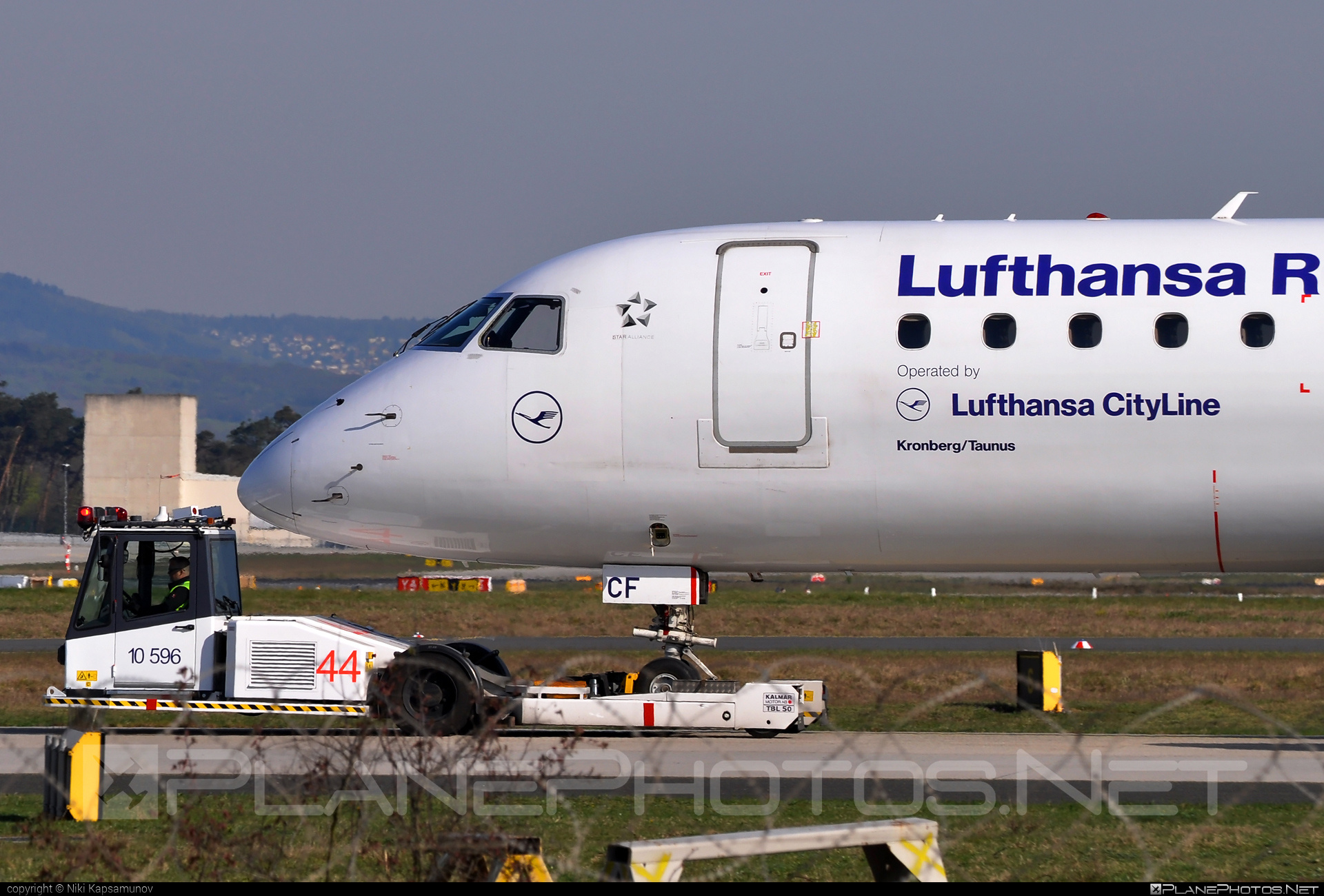 Embraer 190-100LR - D-AECF operated by Lufthansa Regional (CityLine) #e190 #embraer #embraer190 #embraer190lr