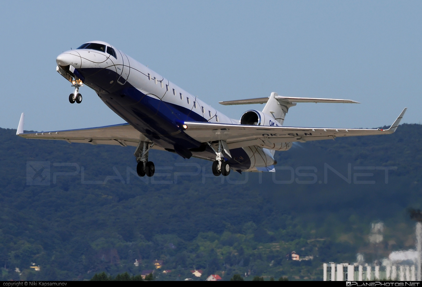 Embraer ERJ-135BJ Legacy - OK-SLN operated by ABS Jets #embraer #embraer135 #embraerlegacy #erj135 #erj135bj