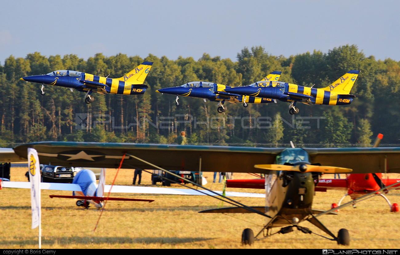 Aero L-39C Albatros - YL-KSP operated by Baltic Bees Jet Team #aero #aerol39 #aerol39albatros #aerol39calbatros #albatros #l39 #l39c #l39calbatros #radomairshow #radomairshow2015
