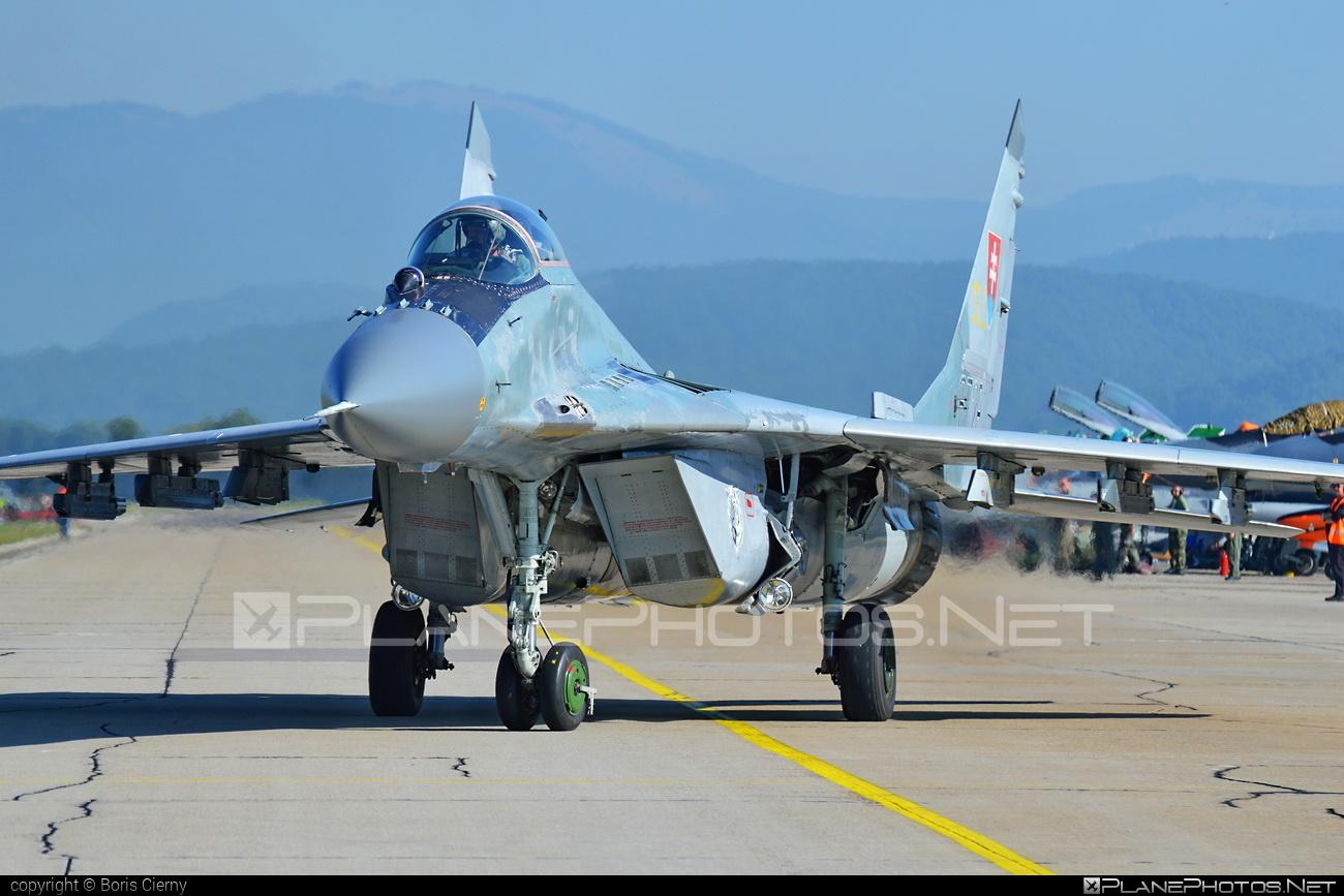 Mikoyan-Gurevich MiG-29AS - 6728 operated by Vzdušné sily OS SR (Slovak Air Force) #mig #mig29 #mig29as #mikoyangurevich #slovakairforce #vzdusnesilyossr