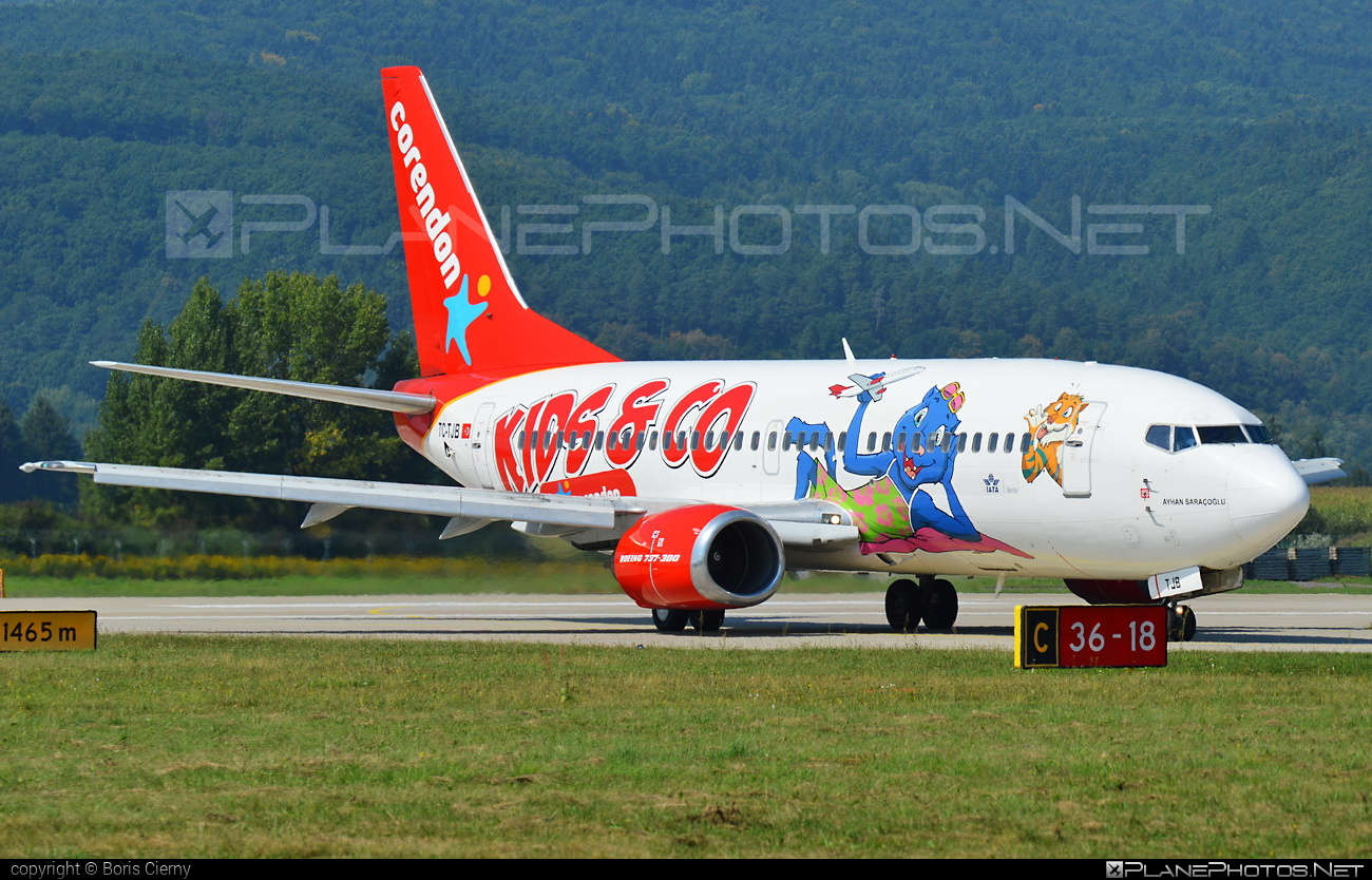 Boeing 737-300 - TC-TJB operated by Corendon Airlines #b737 #boeing #boeing737
