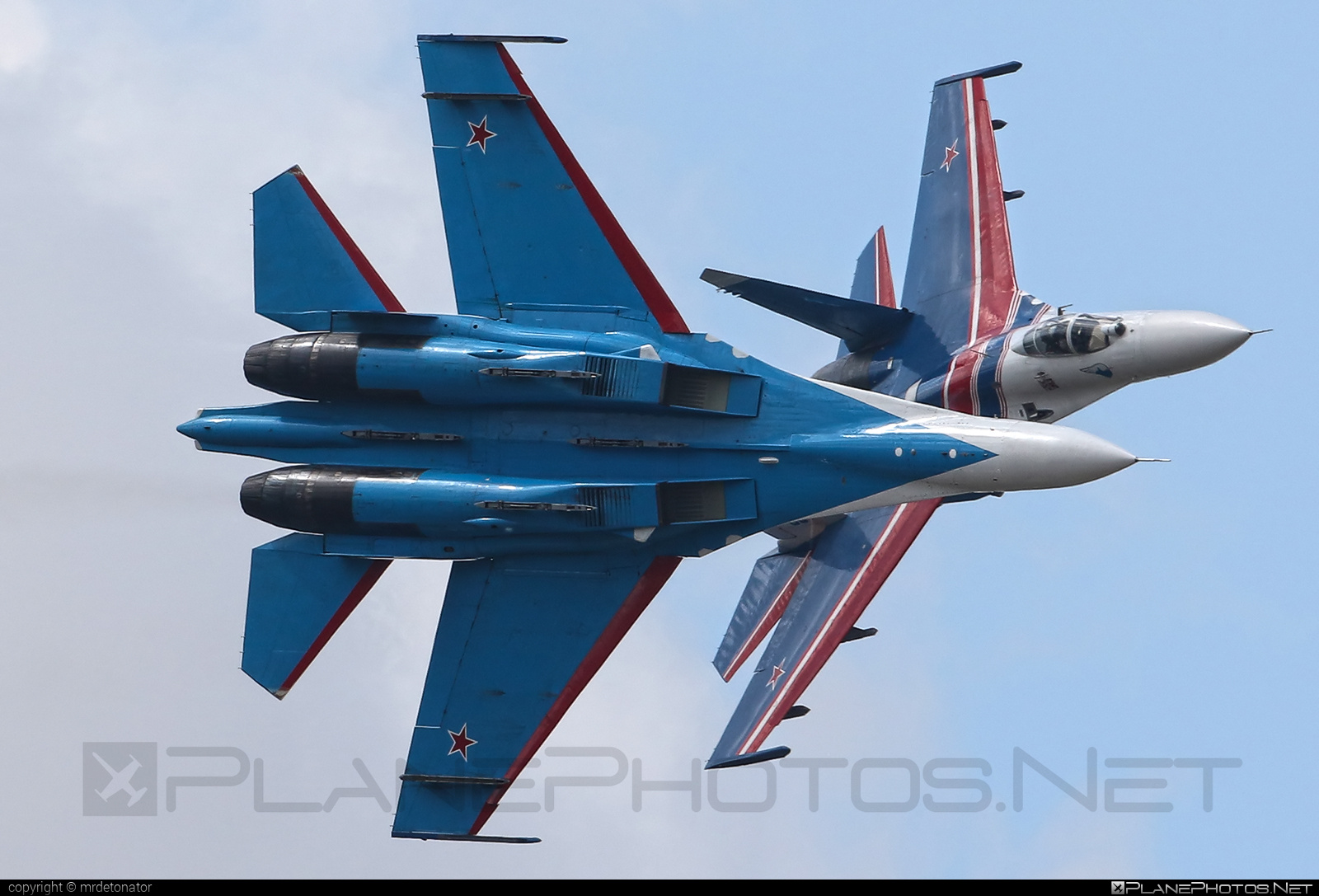 Sukhoi Su-27P - 03 operated by Voyenno-vozdushnye sily Rossii (Russian Air Force) #maks2015 #russianknights #su27 #su27p #sukhoi #sukhoi27