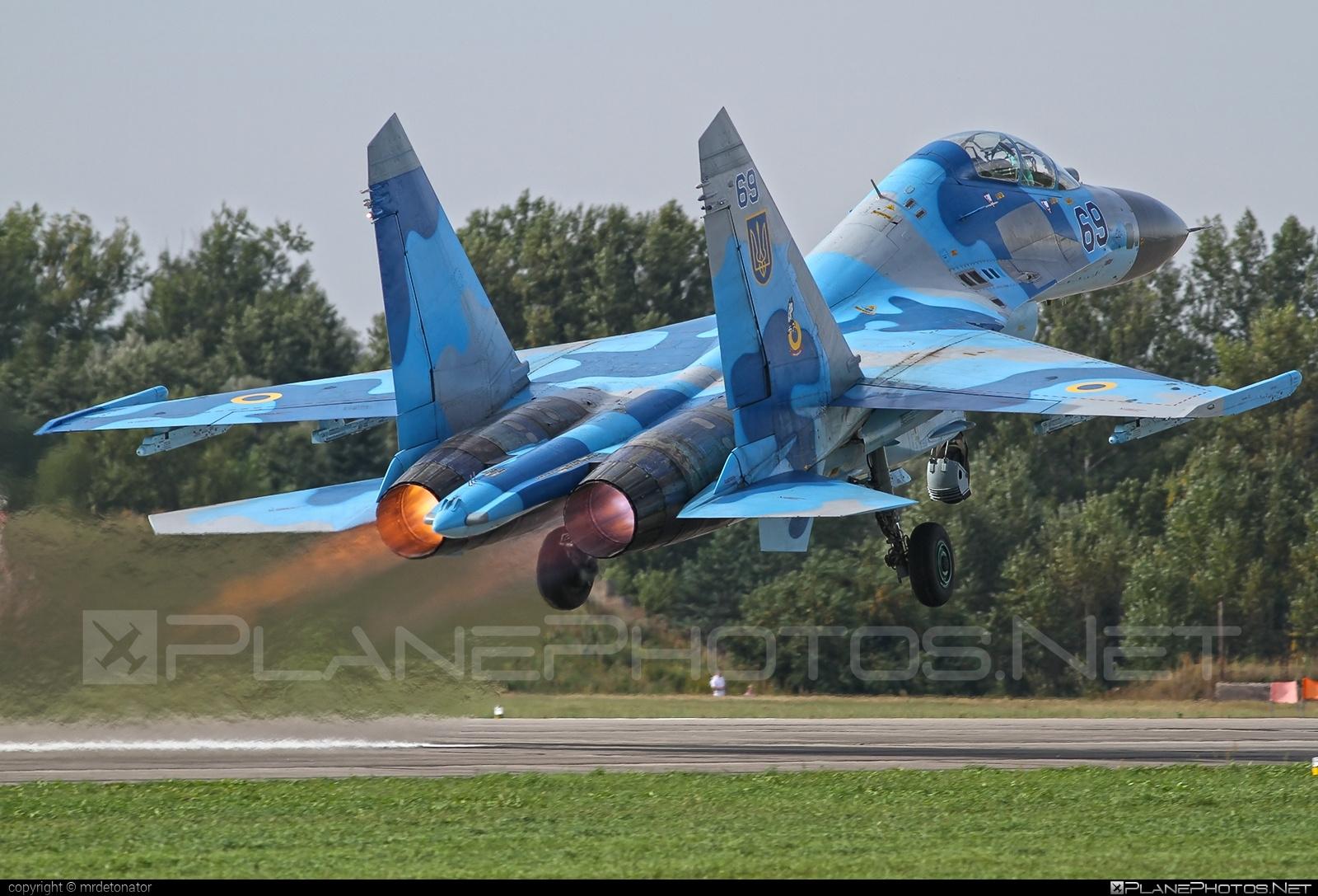 Sukhoi Su-27UB - 69 operated by Povitryani Syly Ukrayiny (Ukrainian Air Force) #povitryanisylyukrayiny #su27 #su27ub #sukhoi #sukhoi27 #ukrainianairforce