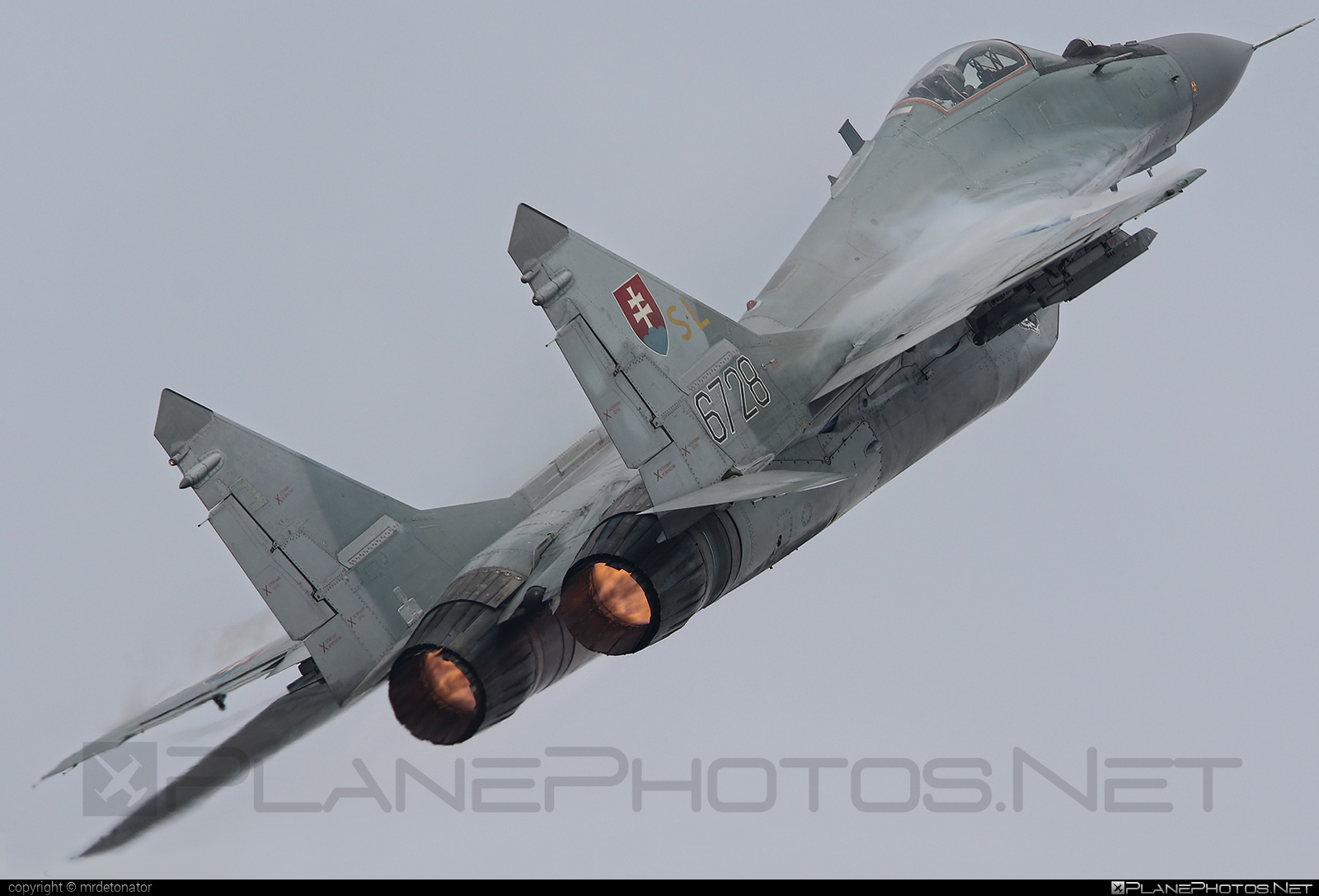 Mikoyan-Gurevich MiG-29AS - 6728 operated by Vzdušné sily OS SR (Slovak Air Force) #mig #mig29 #mig29as #mikoyangurevich #natodays #natodays2015 #slovakairforce #vzdusnesilyossr