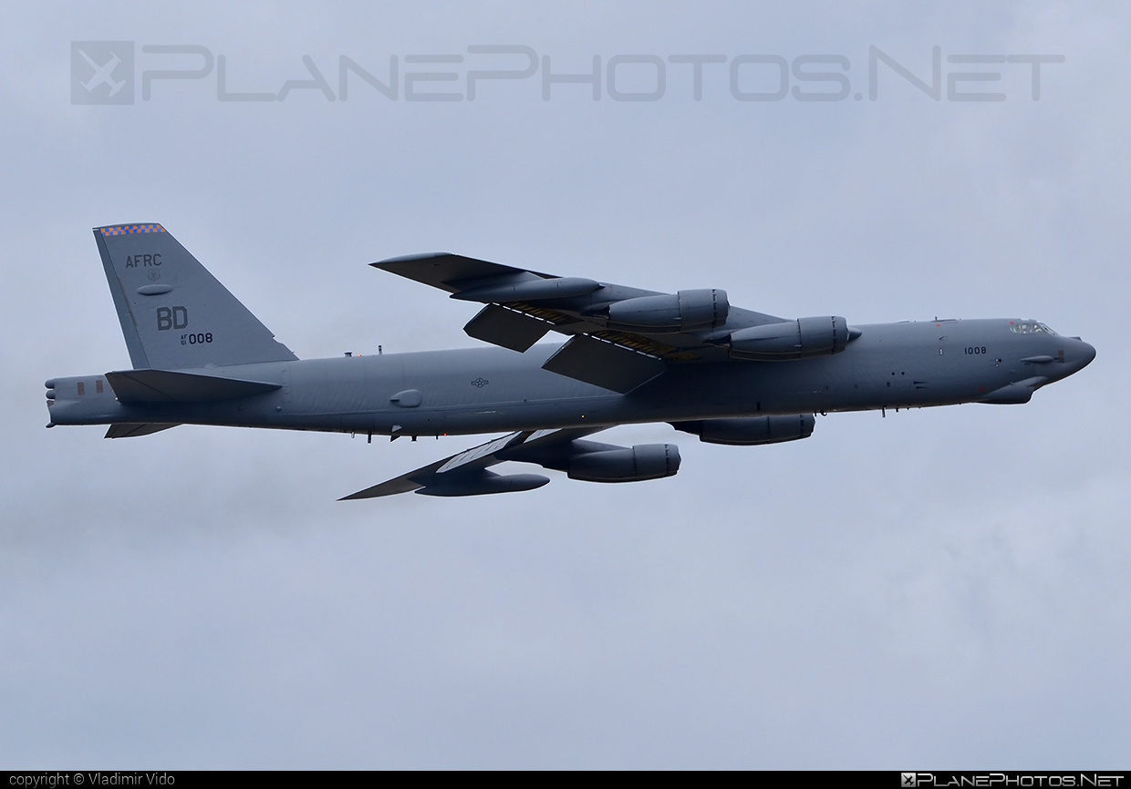 Boeing B-52H Stratofortress - 61-0008 operated by US Air Force (USAF) #b52 #boeing #natodays #natodays2015 #stratofortress #usaf #usairforce