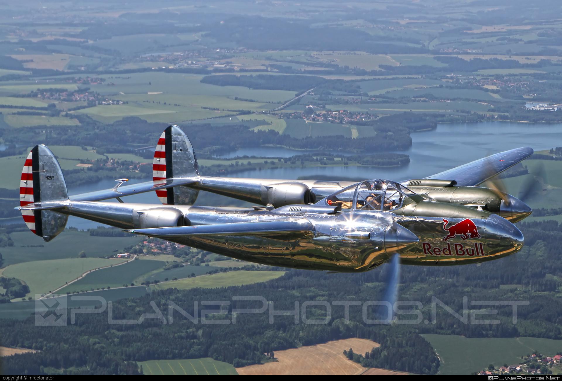 Lockheed P-38L Lightning - N25Y operated by The Flying Bulls #lockheed #theflyingbulls